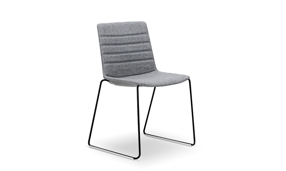 Jubel Chair